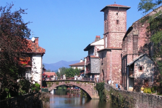 Google images - Hotels in saint jean pied de port france ...